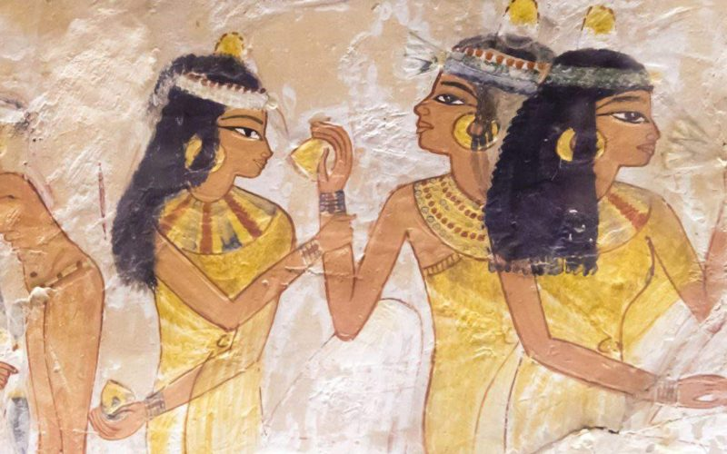 Storia dello smalto pt.1 – DAGLI EGIZI A MADAME BOVARY Image